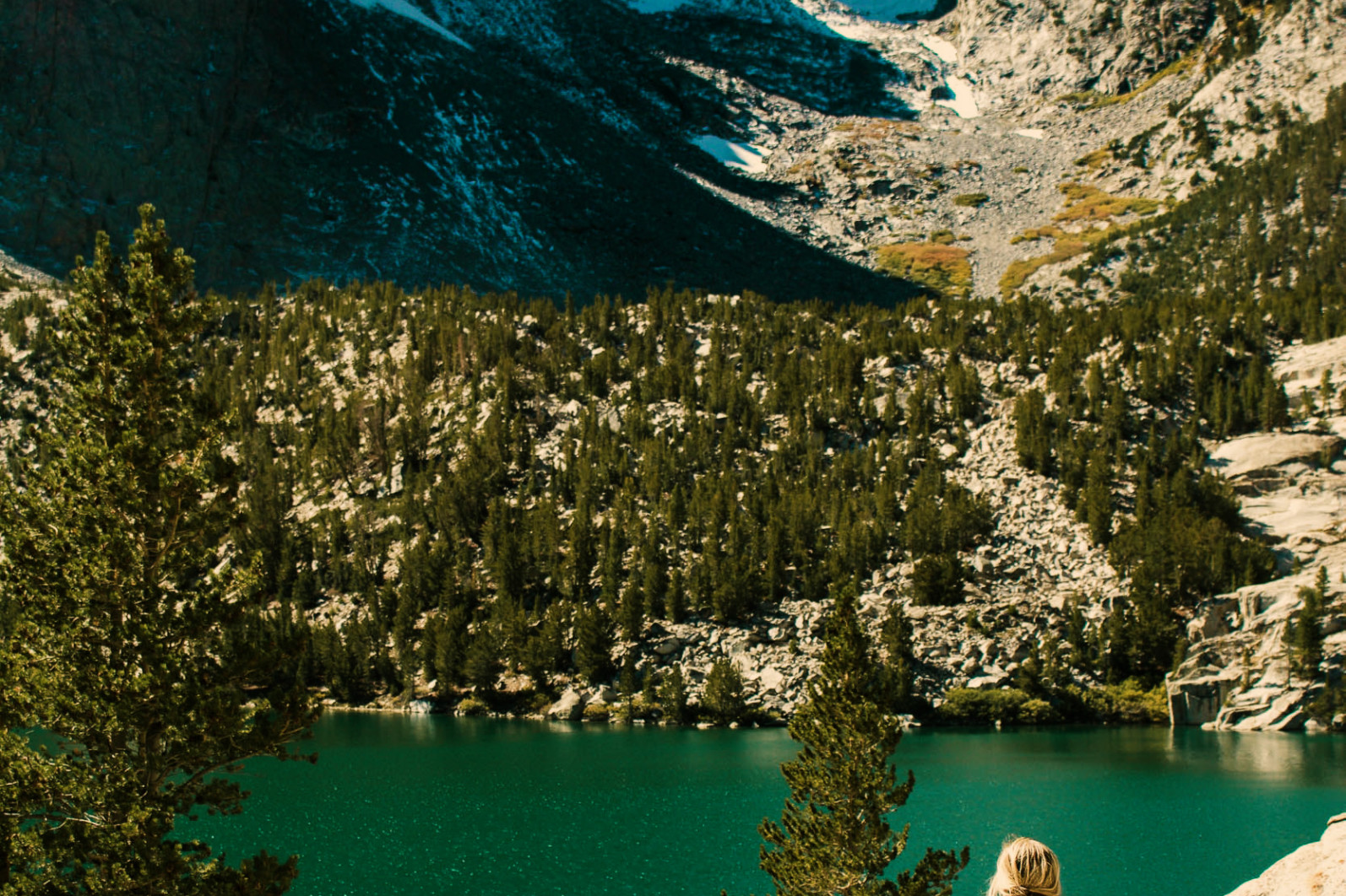 CINEMATIC Cocoa Green Film LUTS PACK for Videos / Moody / Travel - katie rodriguez 0TyhR3VhoDw unsplash -