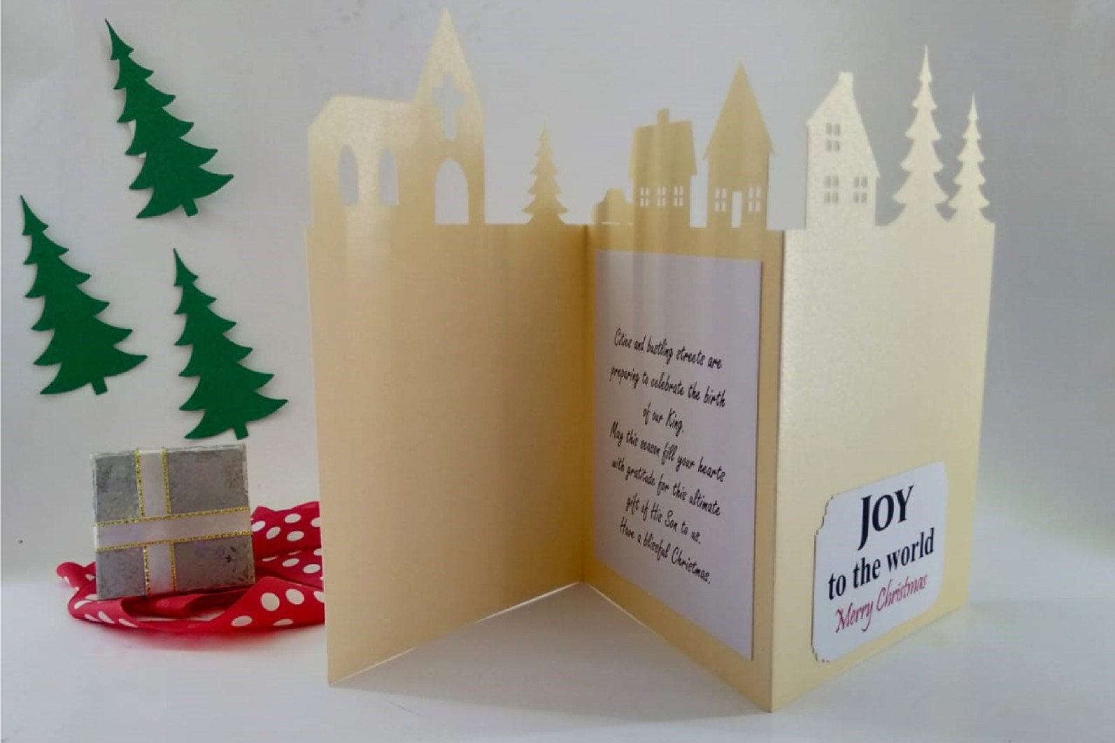 Christmas town scene trifold card - Christmas town scene 01 -